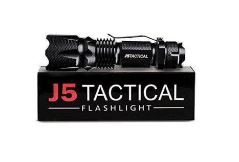 Best Hunting Flashlights – Our Top Picks For 2016